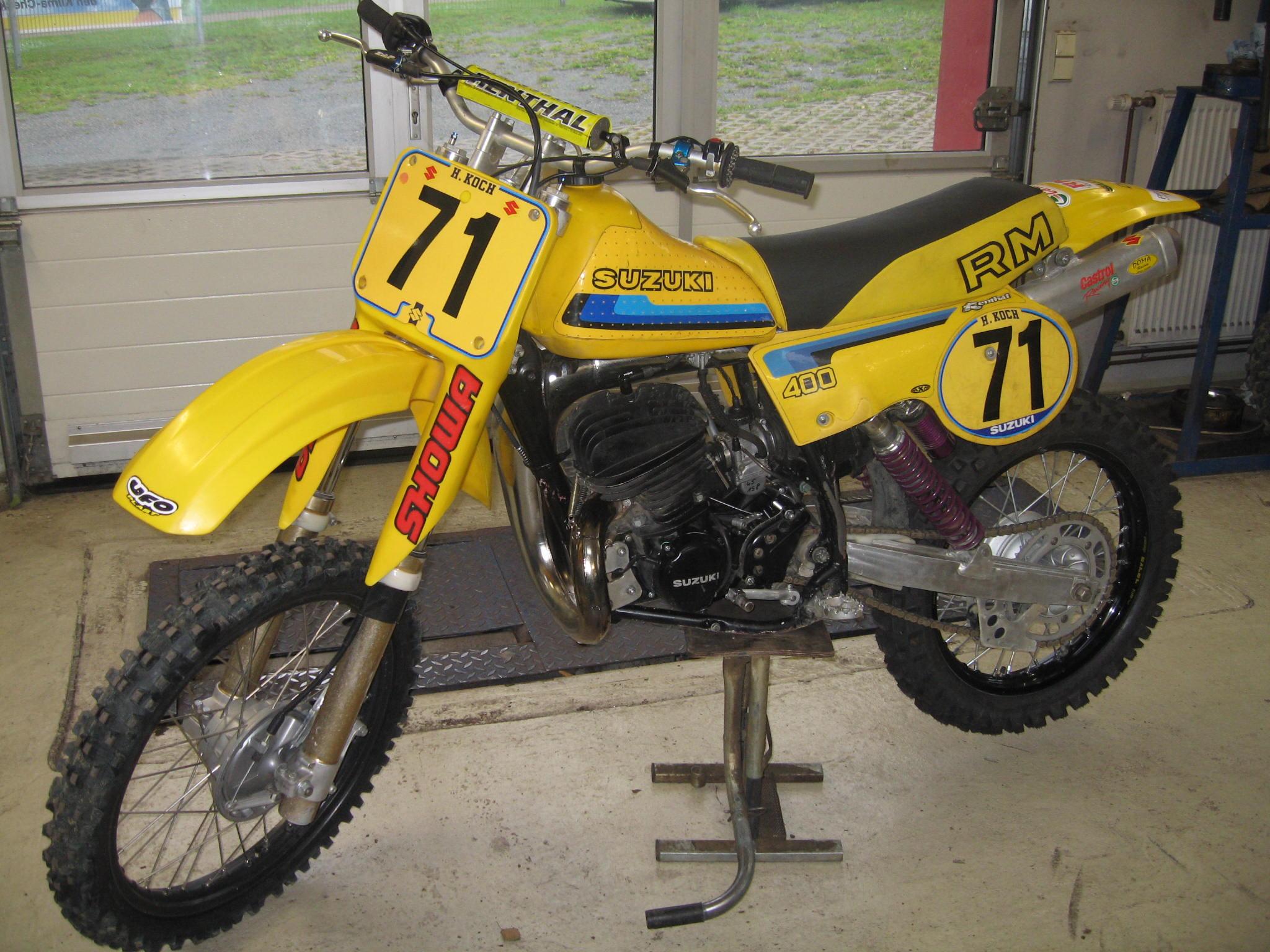 Motocrossbike nach der Reparatur/ Suzuki RM 250